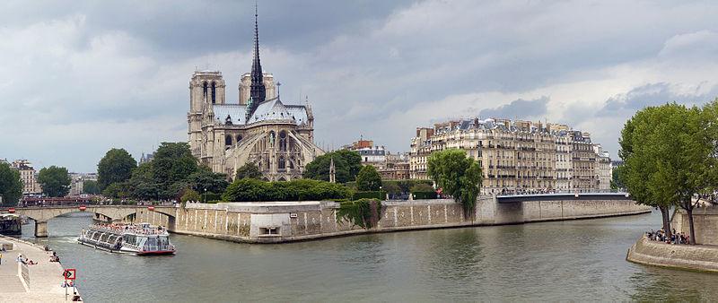 2CVParisTour : Visiter Paris en 2CV! L'Ile de la Cité
