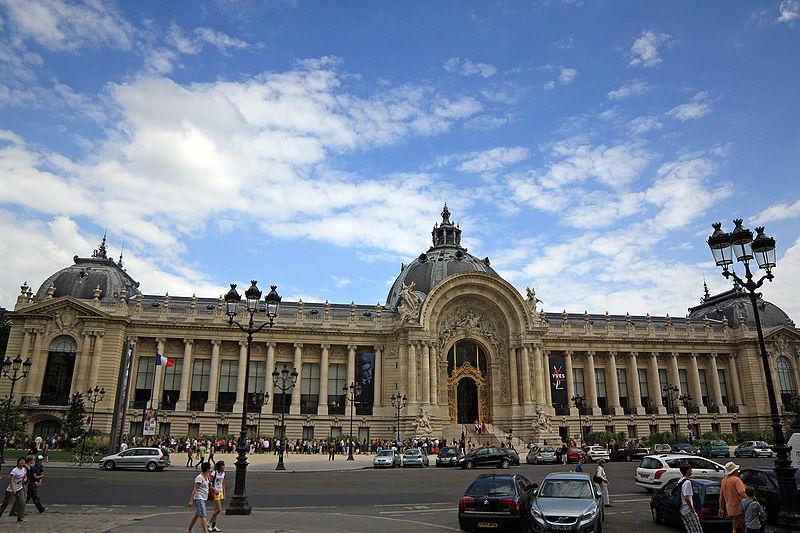 2CVParisTour : Visiter Paris en 2CV! Le Petit Palais