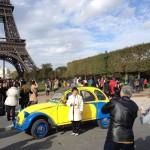 2CVParisTour : Visitez Paris en 2CV - Tour Eiffel 7