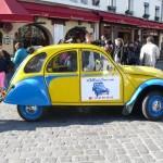 2CVParisTour : Visitez Paris en 2CV! Un arrêt Place du Tertre