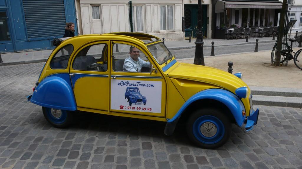 2CVParisTour : Balades en 2CV à Paris! Place Dauphine vers Saint Michel